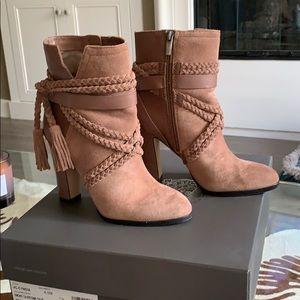 Vince Canute heels